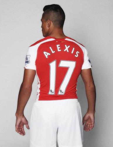 Arsenal Unveil New Signing Alexis Sanchez