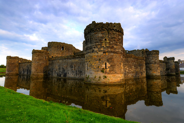 BEAUMARIS CASTLE, BEAUMARIS, ANGLESEY, NORTH WALES, UNITED KINGDOM.