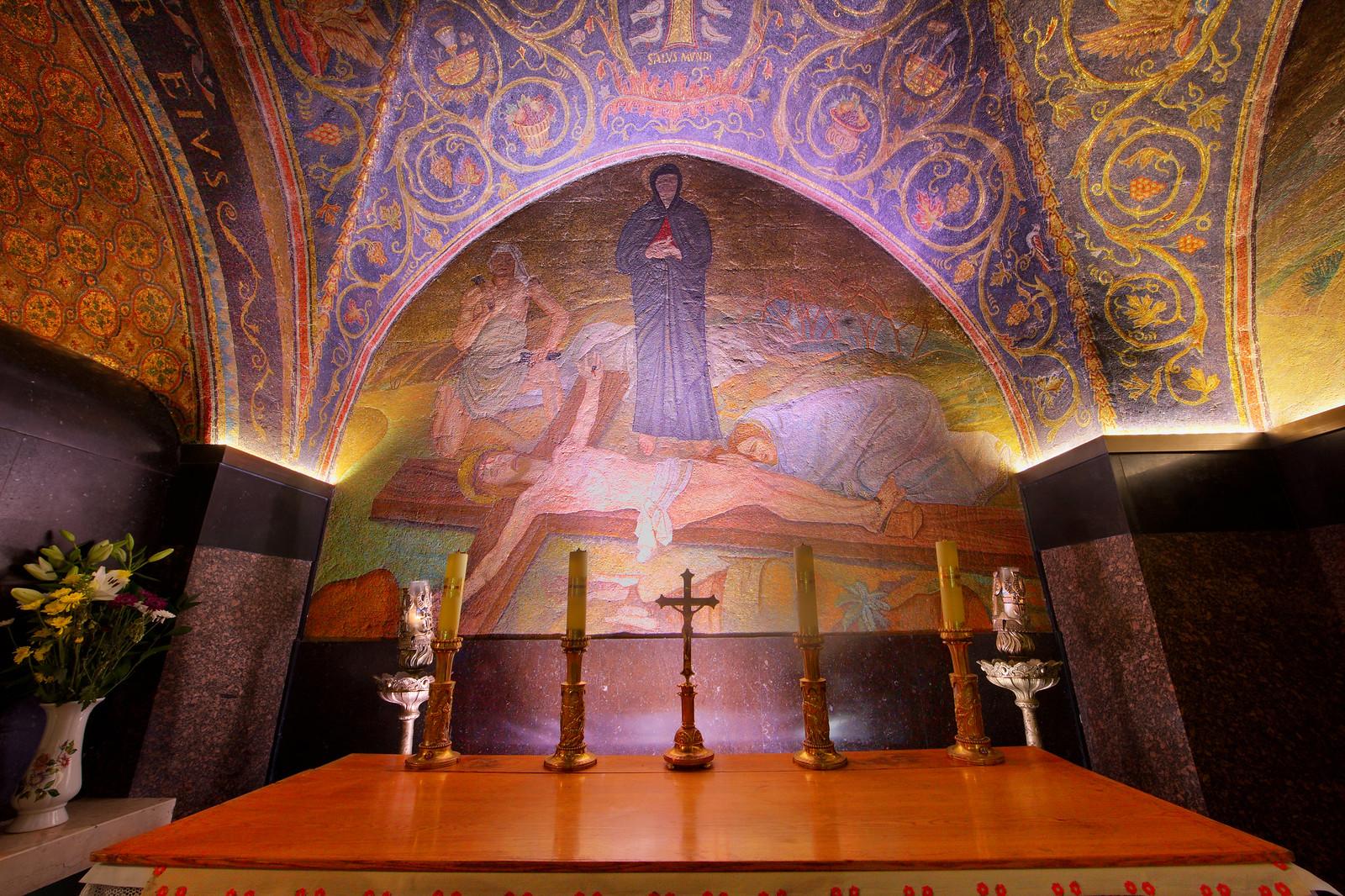 Jerusalem_Via Dolorosa_Station 11_The Holy Sepulcher_Noam Chen_IMOT