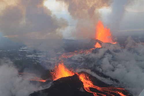 Bárðarbunga Volcano, September 4 2014   by peterhartree