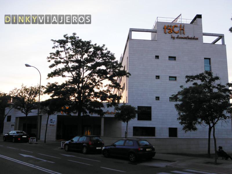 Hotel TäCH Madrid Airport 4*. Entrada