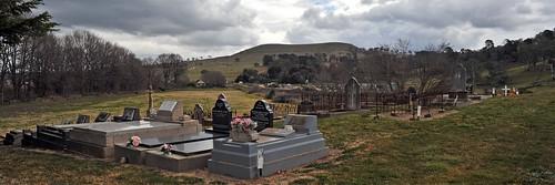 cemetery pano headstones graves 31 perthville 3840x1280 tombstonetourism