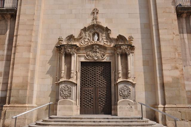 Tàrrega, portada barroca de l'església de Santa Maria de l'Alba