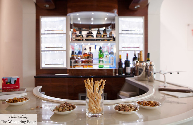 The model bar found on an Emirates A380 plane