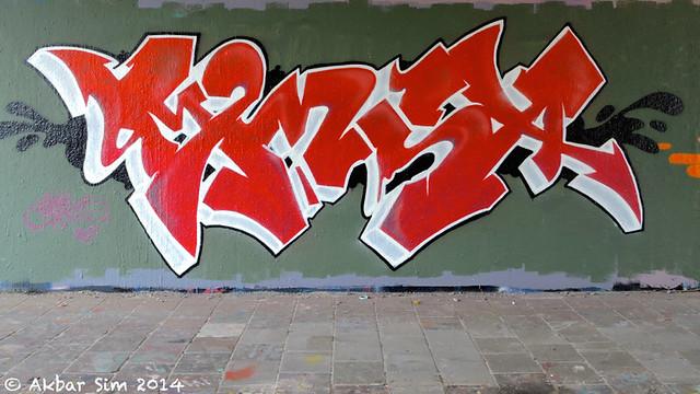 Den Haag Graffiti : MENS