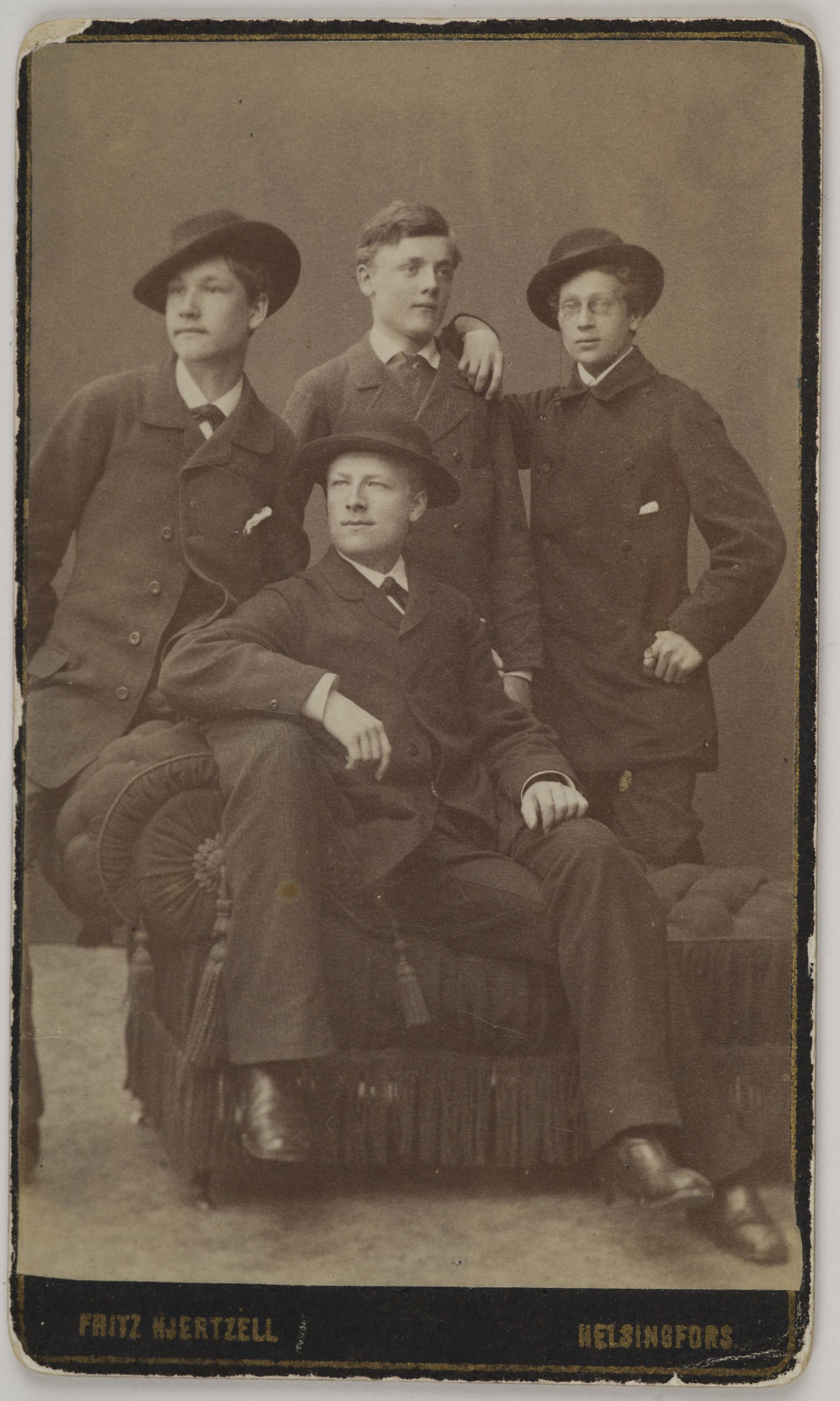 Portrait of Axel Gallén (on the left), Oskar Svennberg, Samuel von Bell and Emil Wikström (on the front) as young students of the Finnish Art Society drawing school, 1883.