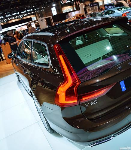 2018 Volvo V90 Wagon Photo