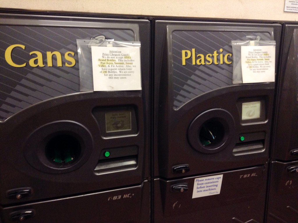Bottles And Cans Returnable Refund Machines 9 2014 At Pr Flickr