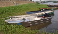 Barco de pesca em alumínio leve e soldado. Bote pesca alumínio ligero