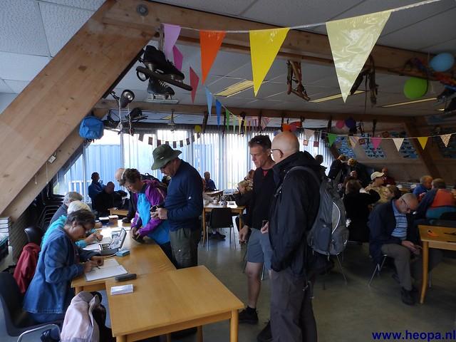 04-05-2013 A.W.V. Aalsmeer (3)
