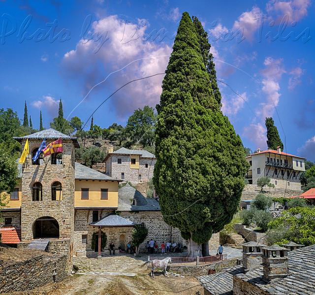 Ιερά Σκήτη Αγίου Παντελεήμονος κάθετο πανόραμα Holy Skete of St. Panteleimon vertical panorama