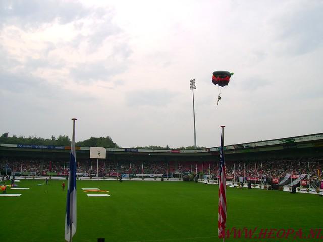 2007-07-16 Startbewijs op halen en vlaggen parade. (47)