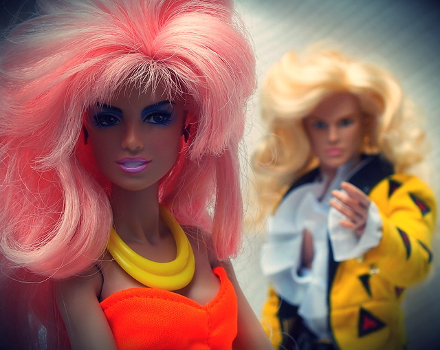 Riot & Jem and The Holograms  integrity toys dolls  FR