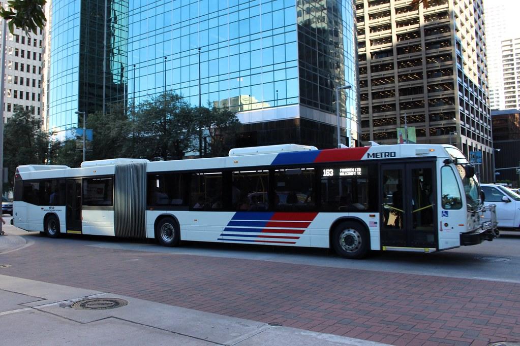 Houston Metro | Novabus articulated bus in Houston, Texas