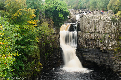autumn landscape waterfall pennines pennineway codurham highforce teesdale northeastengland rivertees