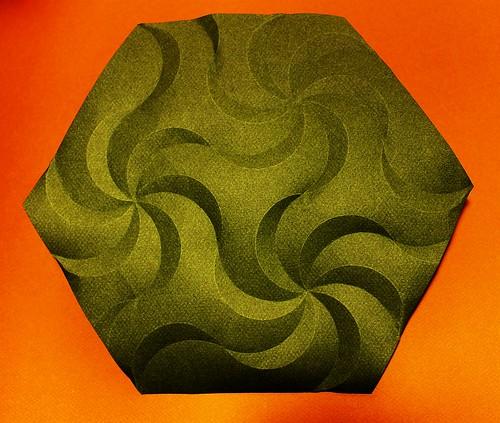 Hexagonal Lunacy Tesselation (Phillip Chapman-Bell)   by Michael Groß