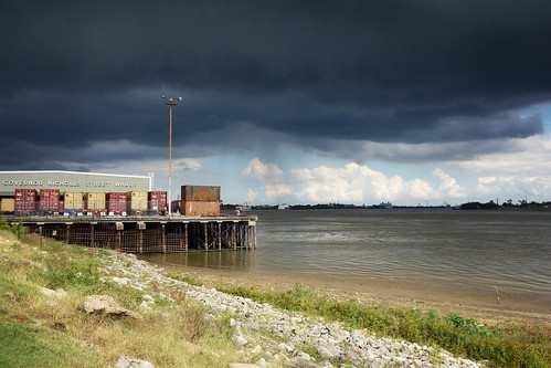 sony rx100 new orleans louisiana nola mississippi river wharf weather clouds cloudy day dark sky urban lucymagoo lucymagooimages neworleans