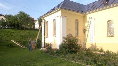 leto-_Obnova_Kostola_Panny_Marie_Kralovnej_v_Povine_v_roku_2012