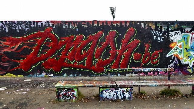20141009 Berlin Prenzlauer Berg Mauerpark Graffiti Berliner Mauerweg (33)