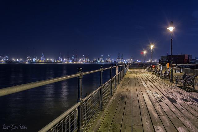 Night_Ha'Penny Pier