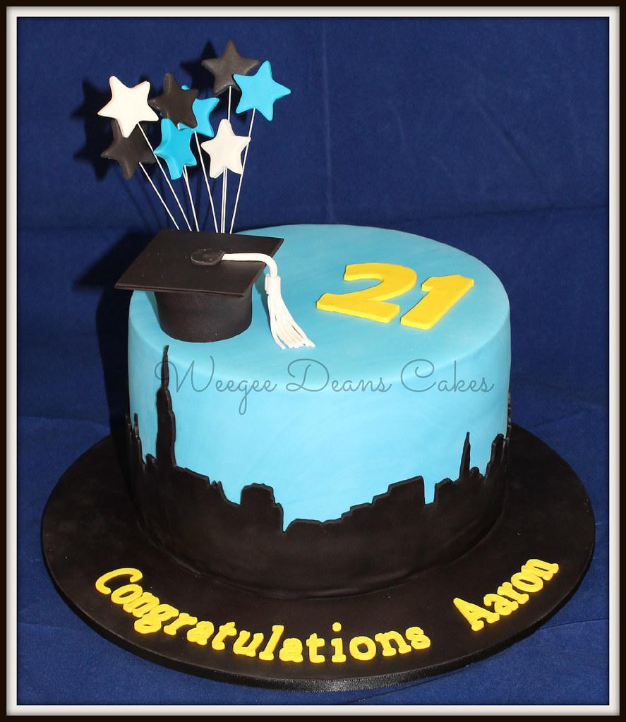 Stupendous Graduation And 21St Birthday Cake Louise Goss Flickr Personalised Birthday Cards Beptaeletsinfo