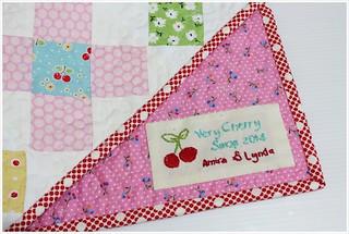 mini quilt label
