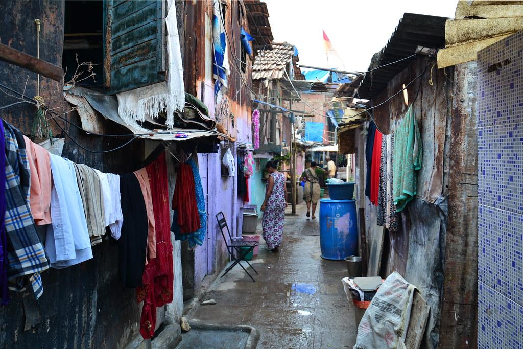 Indias poorest slum in Kolkata where children play on