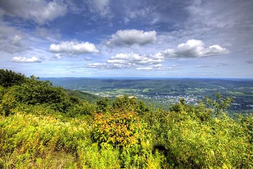 mountain clouds view adams massachusetts north stasburdan