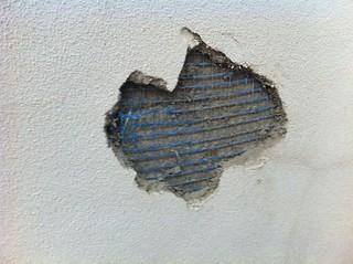 Daños por mallas_desconchon2   by Problemas con las Obras
