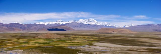 Tibetan plateau and Himalayan giants