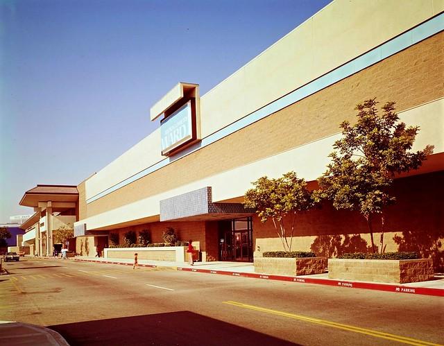 Montgomery Ward Del Amo Fashion Center 1974 redone