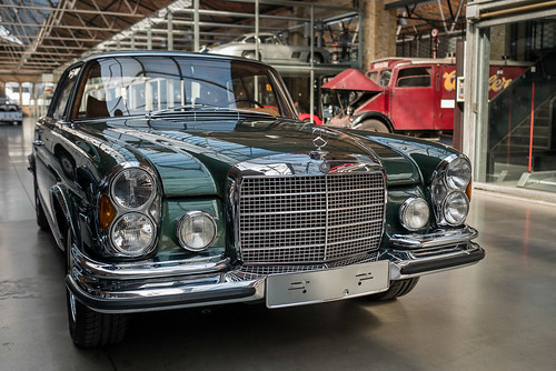 Mercedes Benz 280 SE Coupé | by Berlin-Knipser