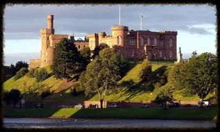 inverness_castle_and_river_ness_inverness_scotland