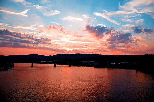 bridge pink blue sunset red orange reflection yellow night golden evening twilight flickr glow purple dusk tennessee gray fluffy bluesky rays graysky tennesseeriver layered chattanoogatn northshoredistrict whitegrayclouds