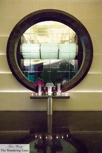 Mirror in the lobby of Le Royal Méridien Shanghai