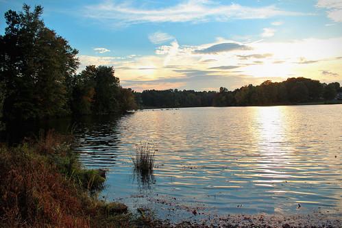 sunset lake landscape twilight peace northcarolina gastonia robinwoodlake