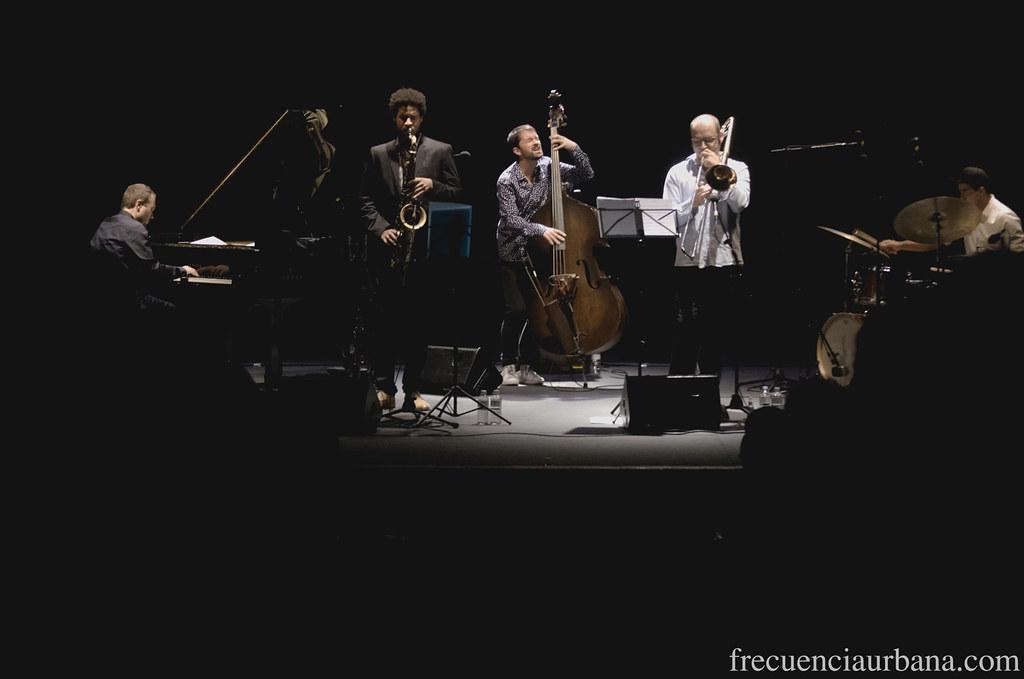 """Imagenes del concierto del quinteto de Pablo Martín Caminero. Más info aquí, <a href=""""http://wp.me/p2Ifpt-Kq"""" rel=""""nofollow"""">wp.me/p2Ifpt-Kq</a>"""