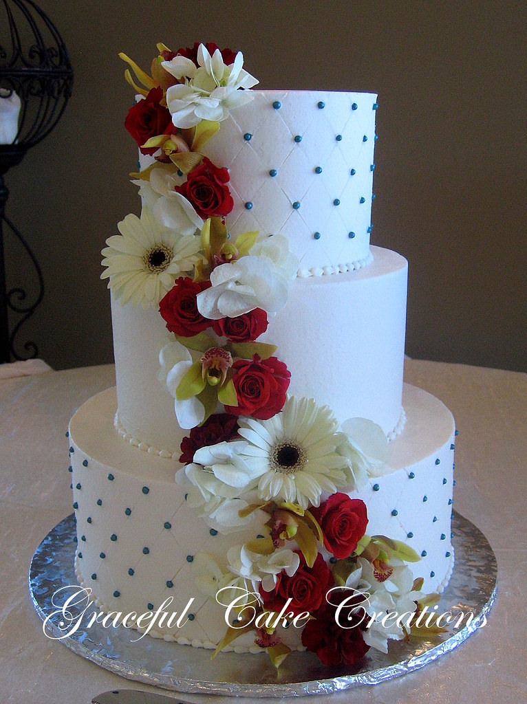 Simple Elegant White Wedding Cake With Teal And Red Accent Flickr