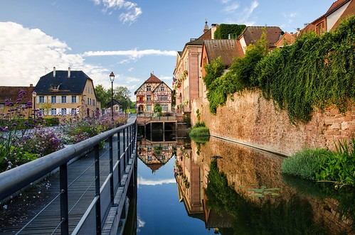 morning houses shadow france reflection beautiful architecture sunrise early village alsace picturesque halftimbered riquewihr picturesquevillage thegemofthealsacevineyards