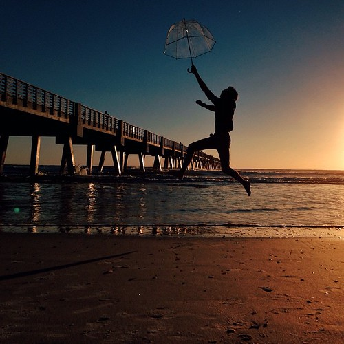 ocean beach umbrella sunrise square fight squareformat jacksonville sillouette jax jaxbeach pierpressure flyingintheair iphoneography instagramapp uploaded:by=instagram mosesedge vscofilm ilovejax mextures igersfl vscogrid igersjax voidlive thatjaxpier thatjaxcrew vscojax explorejax riseoftheumbrellas