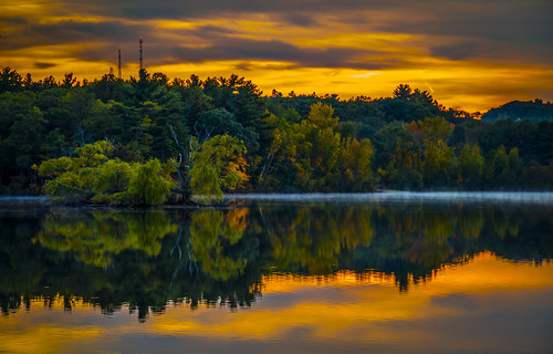 new autumn sunset england fall pond massachusetts foliage horn woburn