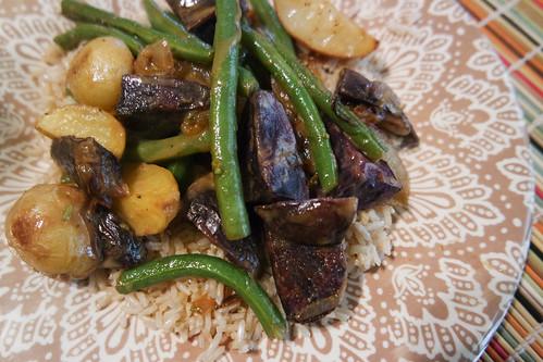 Fingerling Potatoes, Green Beans & Caramelized Shallots with Dijon-Thyme Vinaigrette | by rachelakelso