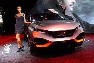 Peugeot-Quartz-Concept-Paris-2014-03