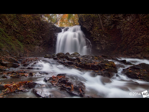longexposure autumn japan flow waterfall olympus gunmaprefecture leefilters olympuse30 asamaotaki olympus1122mmf28