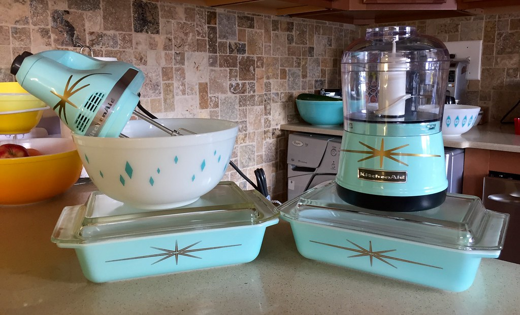 Pyrex Diamond Bowl Starbursts Kitchenaid Mixer Chop