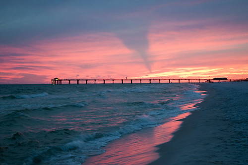 sunset sky usa beach gulfofmexico water pier nikon wasser unitedstates florida fortwaltonbeach ftwaltonbeach santarosaisland fwb beasleypark okaloosacounty d5000 cincobayou fisherbray okaloosaislandpier