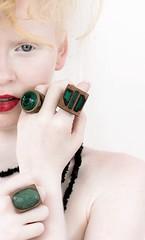 anéis pedras verdes