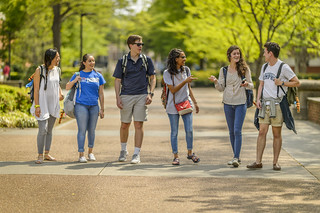 students_4-2017_-274 | by UofM_int