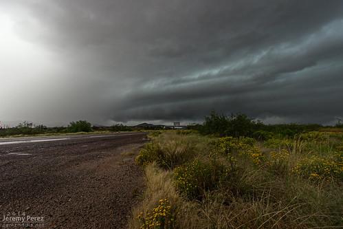 arizona rain weather clouds desert thunderstorm severe stormchase shelfcloud