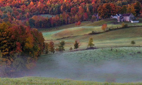 autumn fog sunrise reading vermont farm fallfoliage jennefarm canonef24105mmf4l canon6d